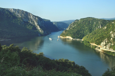 europe-romania-danube-river-gorges-canyon-iron-gates-national-park